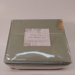 Other - 4 Pc Microfibre Sheet Set